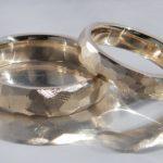Eheringe direkt aus Altgold in Cream Farbton Gold 750 Umweltfreundliche Herstellung Goldschmiede Hamburg Rahlstedt