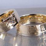 Eheringe zweifarbig aus Altgold Bruchgold Umweltfreundliche Herstellung Goldschmiede Hamburg Rahlstedt