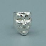 V wie Vendetta / Anonymous Ohrstecker aus 925 Silber.